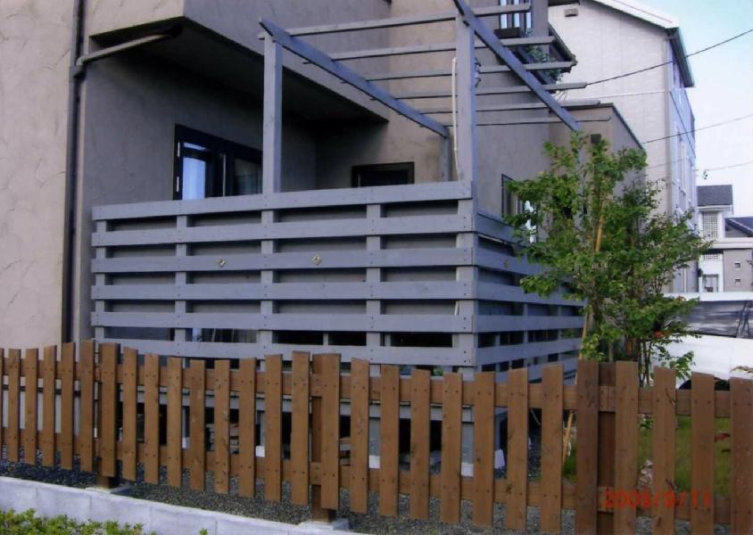 おもしろい、かっこいい、おしゃれなウッドフェンスの施工例