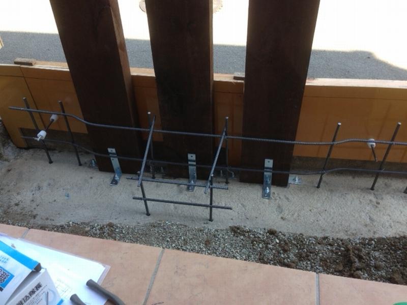 枕木(天然/コンクリート/FRP)を使用した エクステリアの製作の様子とBefore After