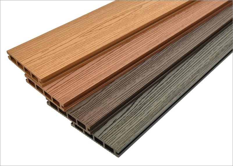 人工木材オーロラデッキ